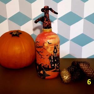 Festett retro szódásüveg Halloween dekoráció (6), Otthon & Lakás, Dekoráció, Dísztárgy, Decoupage, transzfer és szalvétatechnika, Decoupage technikával dekorált, festett és lakkozott üveg, Halloween-ra dekorációnak.\n31 cm magas\n\nS..., Meska