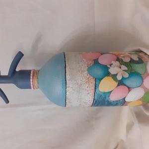 Festett Retro szódásüveg, Húsvét színes tojások, Otthon & Lakás, Dekoráció, Dísztárgy, Decoupage, transzfer és szalvétatechnika, Festett tárgyak, Decoupage technikával és festéssel dekorált szódásüveg.\n31 cm magas, kb 2 kg\n(valamiért nem tudom ál..., Meska
