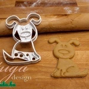 Kutya süteménykiszúró forma - Kutyus, kutya keksz, Konyhafelszerelés, Otthon & lakás, Gyerek & játék, Mindenmás, Mézeskalácssütés, Állatkás sorozatunk következő tagja: kutyust formázó sütemény kiszúrót / szaggatót készítettünk, nag..., Meska