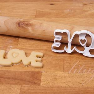 LOVE - Szerelem, szeretet, egyedi esküvői sütemény kiszúró Valentin napra, Sütikiszúró, Konyhafelszerelés, Otthon & Lakás, Fotó, grafika, rajz, illusztráció, Mindenmás, Esküvőre, eljegyzésre, házassági évfordulóra készültök? Legyen a Nagy Nap még emlékezetesebb egyedi ..., Meska