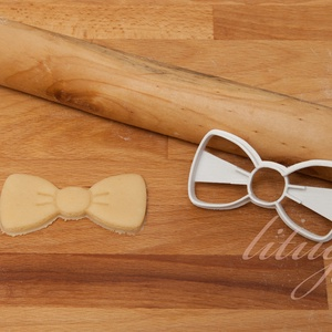 Masni vagy csokornyakkendő süteménykiszúró forma, Otthon & Lakás, Sütikiszúró, Konyhafelszerelés, Masnit vagy csokornyakkendőt formázó sütemény kiszúró / szaggató forma.   4 cm magas x 8 cm széles. ..., Meska