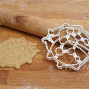 Katicabogár süteménykiszúró forma - Katica, katica bogár - Meska.hu