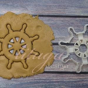 Kormánykerék süteménykiszúró, linzer, mézeskalács forma, keksz forma, Otthon & Lakás, Sütikiszúró, Konyhafelszerelés, Kormánykerék alakú sütemény kiszúró / szaggató forma.   Ideális kellék tengerparti témájú bulihoz, v..., Meska