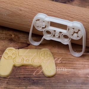 Game controller Játék konzol süteménykiszúró forma, Otthon & Lakás, Sütikiszúró, Konyhafelszerelés, PS4 konzolt formázó sütemény kiszúró / szaggató forma.  X-box controllert mintázó is kapható a boltu..., Meska