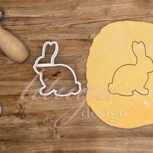Nyúl süteménykiszúró, nyuszi körvonal - Húsvéti sütemény linzer keksz kiszúró forma, Otthon & Lakás, Sütikiszúró, Konyhafelszerelés, Húsvétra készült nyuszi alakú sütemény kiszúró / szaggató forma, amely kb. 7 cm magas.   Igény eseté..., Meska