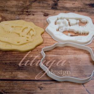 Dinoszaurusz koponya süteménykiszúró forma - Dínó koponya süti forma, dínó koponya linzer, keksz forma (1.), Sütikiszúró, Konyhafelszerelés, Otthon & Lakás, Mindenmás, Mézeskalácssütés, Dínós sorozatunk következő tagja: \n dinoszaurusz koponyát formázó sütemény kiszúrót / szaggatót kész..., Meska