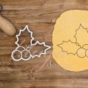 Magyal levél bogyóval kekszkiszúró, mézeskalács forma, sütemény kiszúró, Sütikiszúró, Konyhafelszerelés, Otthon & Lakás, Mindenmás, Mézeskalácssütés, Magyal levél bogyóval kekszkiszúró, mézeskalács forma, sütemény kiszúró\n\nMérete:  7,5 cm széles\n\nLeh..., Meska