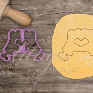 """""""Zombi love"""" kekszkiszúró süteménykiszúró - Egyedi kekszkiszúró süteménykiszúró, Otthon & Lakás, Sütikiszúró, Konyhafelszerelés, Egy zombi kéz formáz szívet, ezt öltöttük  kekszkiszúró formába, vicces sütikiszúró, Halloween-re se..., Meska"""