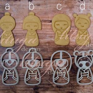 Kokeshi baba kekszkiszúró, süteménykiszúró, linzer, mézeskalács forma, keksz forma, Otthon & Lakás, Konyhafelszerelés, Sütikiszúró, Mindenmás, Mézeskalácssütés, Kokeshi babá(kat) formázó kekszkiszúrók, az alábbi opciók közül lehet választani:\n- csak körvonal va..., Meska
