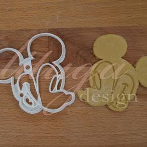 Mickey egér sütemény kiszúró forma, Otthon & Lakás, Sütikiszúró, Konyhafelszerelés, Mickey Mouse is megihletett minket, így őt is süti formába öntöttük :) Hű párja, Minnie is megtalálh..., Meska