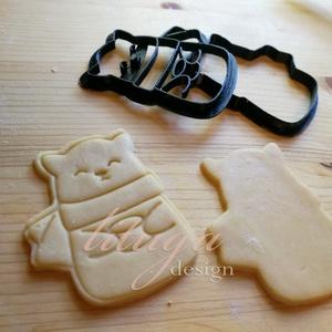 Cica sálban, bögrével sütemény linzer keksz kiszúró forma - karácsonyi mézeskalács, Otthon & Lakás, Sütikiszúró, Konyhafelszerelés, Cica sálban, bögrével kekszkiszúró, téli macska süteménykiszúró, macska mézeskalács forma (2020-as),..., Meska