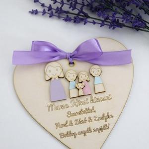 Mama kedves ajándéka - szív, Otthon & Lakás, Dekoráció, Dísztárgy, Mindenmás, Gondoljunk a nagymamákra is anyák napja alkalmából! Személyre szabható szív fából, melynek mérete 16..., Meska