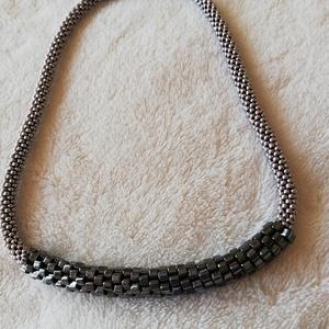 Geometric nyaklánc ezüst, hematit színben - Meska.hu