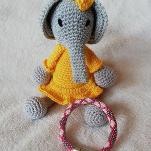 Horgolt sárga ruhás elefánt kislány, Játék & Gyerek, Plüssállat & Játékfigura, Elefánt, Horgolás, Csinos, sárga ruhás elefánt kislány.\n\n100% pamutfonalból készült hímzett szemekkel.\nMérete kb 23 cm..., Meska