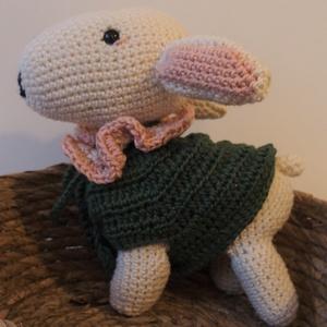 Horgolt bárány, Játék & Gyerek, Plüssállat & Játékfigura, Más figura, Horgolás, Amigurumi technikával készült, horgolt, puha bárányka.\n\nAz állatka bababarát pamutfonalból készült, ..., Meska