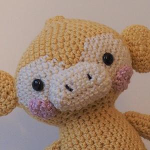 Horgolt majom, Játék & Gyerek, Plüssállat & Játékfigura, Majom, Horgolás, Amigurumi technikával készült, horgolt, puha kismajom.\n\nAz állatka bababarát pamutfonalból készült, ..., Meska