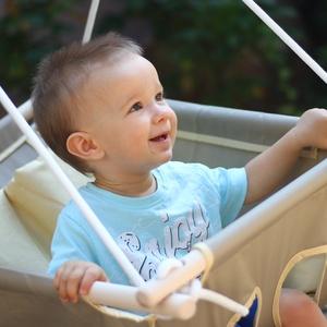 Babahinta - több színben, Hinta & Kerti játék, Játék & Gyerek, Varrás, A babahinta pillanatok alatt megnyugtatja, elringatja kisbabádat. Jöhet hasfájás, fogzás vagy csak n..., Meska