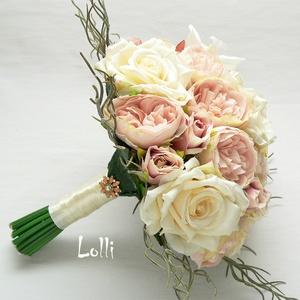 Púder rózsaszín- ekrü menyasszonyi csokor kitűzővel (Lolli) - Meska.hu