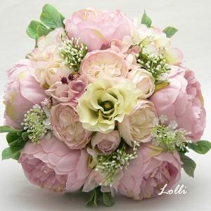Rózsaszín - vanília menyasszonyi örökcsokor, Esküvő, Otthon & lakás, Esküvői csokor, Dekoráció, Bazsarózsás menyasszonyi csokor prémium selyemvirágokból kötve.  Mérete: 20cm átmérőjű 24cm magas  A..., Meska