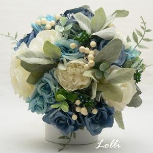 Kék-ekrü rózsás menyasszonyi örökcsokor, Esküvő, Esküvői csokor, Menyasszonyi örökcsokor, minőségi egyedi különleges szürkéskék és ekrü rózsákból kötve. A csokor mag..., Meska