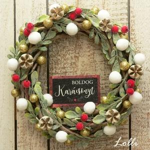 Bogyós kis karácsonyi koszorú, Otthon & Lakás, Karácsony & Mikulás, Karácsonyi kopogtató, Virágkötés, Ezt a kis koszorút, apró levelekkel, és bogyókkal díszítettem.\n20cm átmérőjű\nElegáns, impozáns karác..., Meska