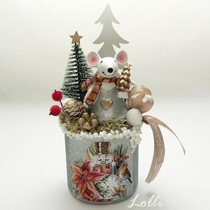 Karácsonyi egér asztaldísz, Karácsony & Mikulás, Karácsonyi dekoráció, Úgy néz ki mint egy kicsorduló habos kávé karácsony reggelire... :) Egérke, termések, zuzmó, hógolyó..., Meska