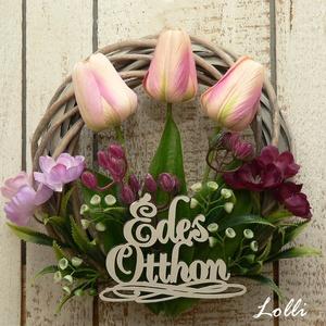 Tulipános kis koszorú, Otthon & Lakás, Dekoráció, Ajtódísz & Kopogtató, Finom műzöldekkel, barack selyem tulipánkkal és édes Otthon felirattal díszített vesszőkoszorú 20cm ..., Meska