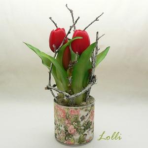 Cserepes élethű tulipán piros, Otthon & Lakás, Dekoráció, Asztaldísz, Virágkötés, Teljesen élethű /gumi/ tulipán virágok /két virág, és 3 bimbós/ egyedi kaspóban, ágakkal díszítve.\nA..., Meska