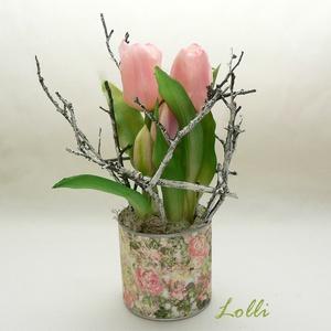 Cserepes élethű tulipán rózsaszín, Otthon & Lakás, Dekoráció, Asztaldísz, Virágkötés, Teljesen élethű /gumi/ tulipán virágok /két virág, és 3 bimbós/ egyedi kaspóban, ágakkal díszítve.\nA..., Meska
