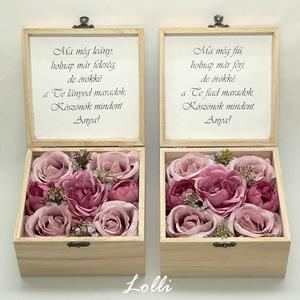 Mályva szülőköszöntő virágdobozok párban, Esküvő, Emlék & Ajándék, Szülőköszöntő ajándék, Virágkötés, Decoupage, transzfer és szalvétatechnika, Nagyon elegáns, közepes méretű szülőköszöntő ládikák, szöveggel, a belsejükben mályva rózsákkal. A t..., Meska