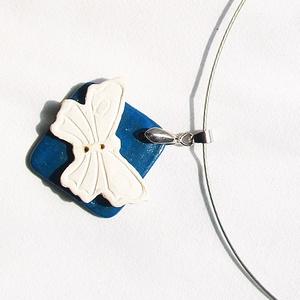 Fehér pillangó Akció! 2 db áráért 3 db  Fehér pillangó kerámia  ékszer, Statement nyaklánc, Nyaklánc, Ékszer, Kerámia, Darabonként is megvásárolhatóak!\nAz ékszerek egyedi ötlet alapján készültek ,nem másoltak. Csak itt ..., Meska
