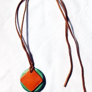 Metál zöld és mustár sárga színű nyaklánc Akció! 2 db áráért 3 db  - ékszer - nyaklánc - medálos nyaklánc - Meska.hu