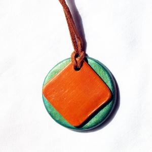 Metál zöld és mustár sárga színű nyaklánc Akció! 2 db áráért 3 db , Ékszer, Medálos nyaklánc, Nyaklánc, Egyszerre csak egy akció vehető igénybe. Te választhatod ki melyiket szeretnéd! Darabonként is megvá..., Meska