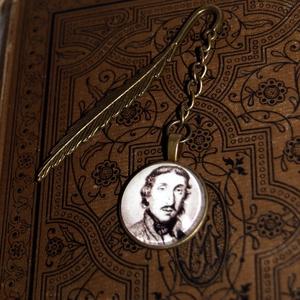 Csokonai Vitéz Mihály egy oldalas üveglencsés könyvjelző, Ékszer, Ékszerkészítés, Meska