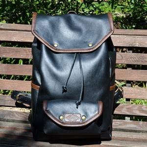 """Lontra \""""KALANDOR\"""" hátizsák - fekete, barna, Táska, Divat & Szépség, Táska, Hátizsák, Bőrművesség, Varrás, 100% marhabőr, időtálló, saját tervezésű, kézzel készített hátizsák!\nA Kalandor kollekció egy klassz..., Meska"""