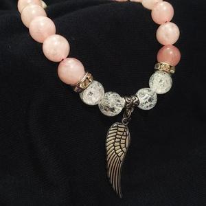 Angel wings, Ékszer, Karkötő, Ékszerkészítés, Rózsakvarc és roppantott hegyikristály ásványgyöngyökből (8mm) készült karkötő, ezüst színű csillog..., Meska