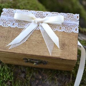 ÚJ!!! 2019-es gyűrűtartó doboz esküvőre, eljegyzésre (Lovelydecor16) - Meska.hu