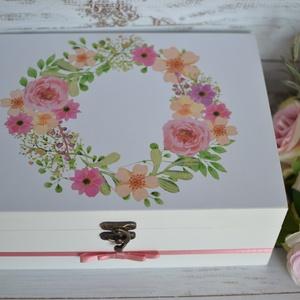 Lánybúcsú/esküvői ajándék doboz - A házasság nélkülözhetetlen kellékei - 12 fakkos, Esküvő, Emlék & Ajándék, Nászajándék, Decoupage, transzfer és szalvétatechnika, Mindenmás, A házasság nélkülözhetetlen kellékei doboz igazán szuper ajándék lehet lánybúcsúra, vagy esküvőre eg..., Meska