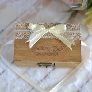 ÚJ!!! Gyűrűtartó doboz esküvőre, eljegyzésre gravírozott doboz - gyűrűpárna , Esküvő, Ékszer, Eljegyzési gyűrű, Ha nem szeretnéd az esküvődre az unalmas gyűrűpárnát választani, jó helyen jársz :)  Egyedi, másik e..., Meska