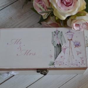 Pénzátadó doboz esküvőre/eljegyzésre/nászajándéknak, Esküvő, Emlék & Ajándék, Nászajándék, Ez a dobozka, 100%-ban kézműves termék, Az alapját asztalos készítette és saját elképzelésem alapján..., Meska