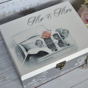 Lánybúcsú/esküvői ajándék doboz - A házasság nélkülözhetetlen kellékei - 6 fakkos, Esküvő, Nászajándék, Emlék & Ajándék, A házasság nélkülözhetetlen kellékei doboz igazán szuper ajándék lehet lánybúcsúra, vagy esküvőre eg..., Meska