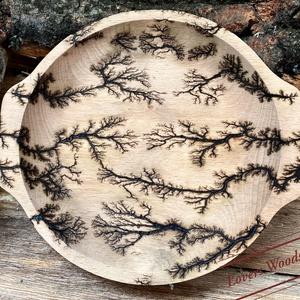 Egyedi Lichtenberg stílusban készült konyhai tartó , Otthon & Lakás, Konyhafelszerelés, Konyhai dísz, Mindenmás, Fából készült tányér, kör formájú konyhai tálka, mely egyediségét tekintve a 2000V által nyeri el. A..., Meska