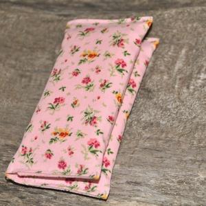 Papírzsebkendő tartó, Táska & Tok, Neszesszer, Varrás, 10 db papírzsebkendő fér bele.\n\nTisztítása: Kézzel vagy mosógépben is mosható.\n\nHa van kedved nézd m..., Meska