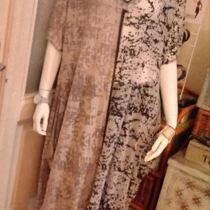 Kétrészes ruha, Ruha, Női ruha, Ruha & Divat, Varrás, Háromféle anyag kombinációjával készült ez a kétrészes együttes.A ruha felemás .Anyagában picit átte..., Meska