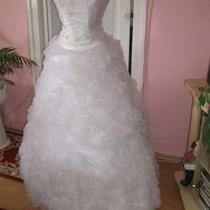 Menyasszonyi ruha, habos, királylányos., Táska, Divat & Szépség, Esküvői ruha, Ruha, divat, Menyasszonyi ruha, Esküvő, Varrás, Hímzés, Nagyon szép düssesz, muszlin anyagokból készített menyasszonyi, báli ruha. A ruha két részes, felsór..., Meska