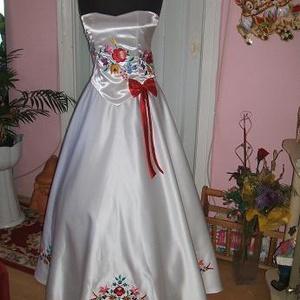 Menyasszonyi ruha, kalocsai hímzéssel, egyedi., Esküvő, Menyasszonyi ruha, Ruha, Hímzés, Varrás, Meska