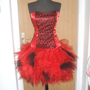 Esküvői, báli, alkalmi, menyecske ruha, , Alkalmi ruha & Estélyi ruha, Női ruha, Ruha & Divat, Varrás, Nagyon szép piros selyem - csipkéből - tüllből készült menyecske, alkalmi, báli, esküvői ruha. \nHátá..., Meska