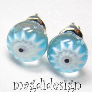 Kék-fehér virágos üvegékszer pötty fülbevaló (magdidesign) - Meska.hu
