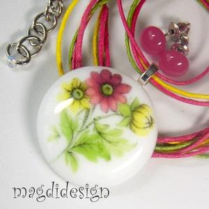Mezei virágok üvegékszer szett, nyaklánc, pötty fülbevaló (magdidesign) - Meska.hu
