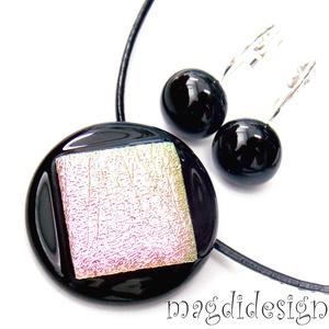 Fekete-pezsgő-rózsaszín üvegékszer szett, nyaklánc, kapcsos fülbevaló (magdidesign) - Meska.hu